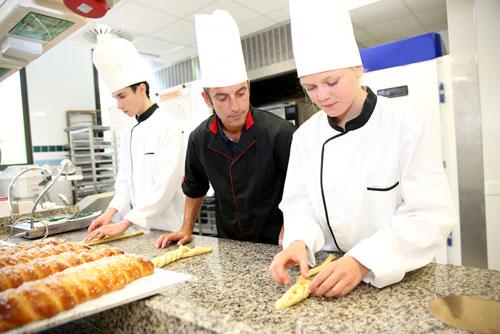 Zawodowcy w łódzkiem - stypendia dla najzdolniejszych - kucharze